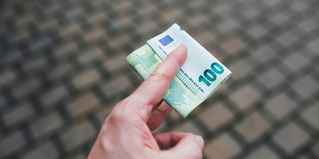 A jövedelemigazolást külföldi munkavállalás esetén is kérheted.